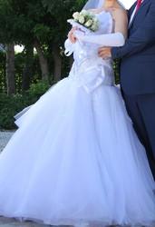 свадебное платье (с фатой и перчатками) и туфли